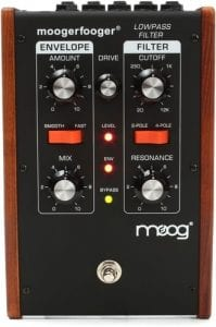Moog MF101 Moogerfooger Bass Synthesizer Pedal