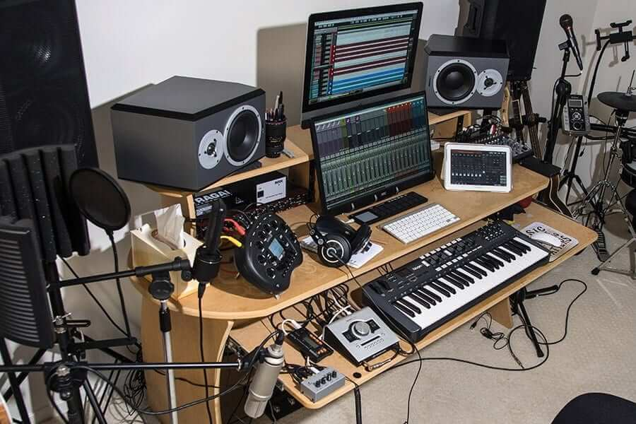 9 Best Home Recording Studio Equipment Packages (2020 Review)