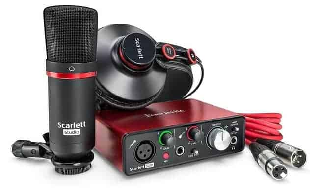 Focusrite Scarlett Solo Audio Interface recording bundle for guitar