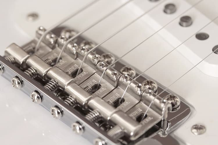 Guitar Tremolo